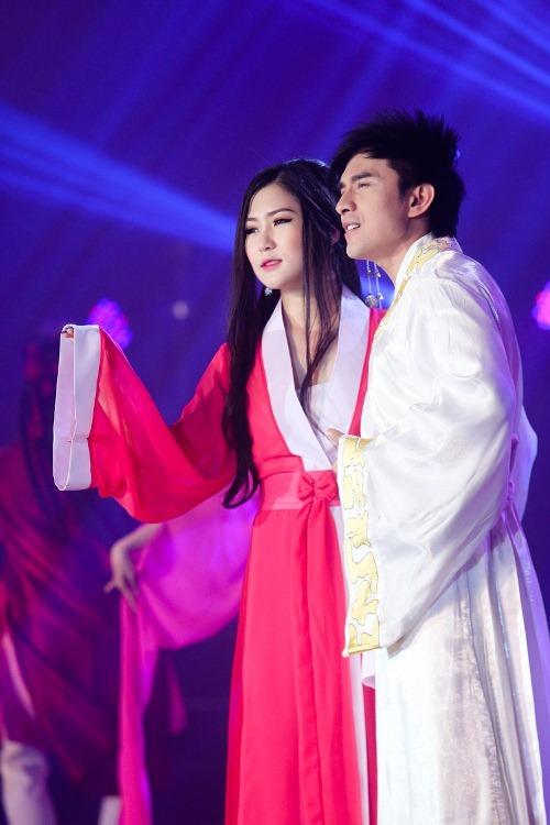 Đan Trường - Hương Tràm gây ấn tượng khi cover lại ca khúc Thần Thoại của Thành Long - Kim Hee Sun - Ảnh 3.