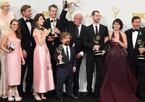 'Game of Thrones' đoạt giải Phim xuất sắc ở Emmy 2015