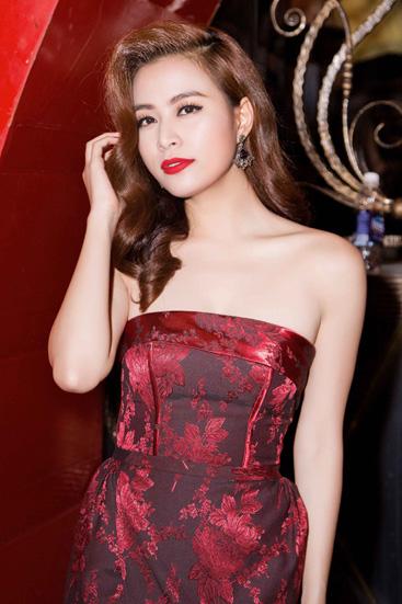 Hoang-Thuy-Linh-9746-1443410919.jpg