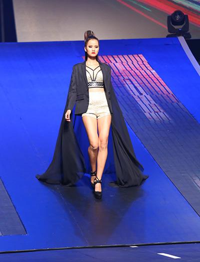 chung-ket-vietnams-next-top-model-2015-thieu-kich-tinh-2
