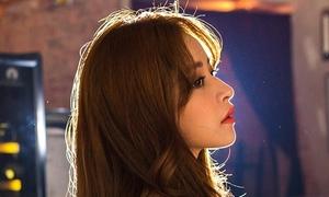 Chi Pu đầy tâm trạng khi hát nhạc phim 'Yêu'