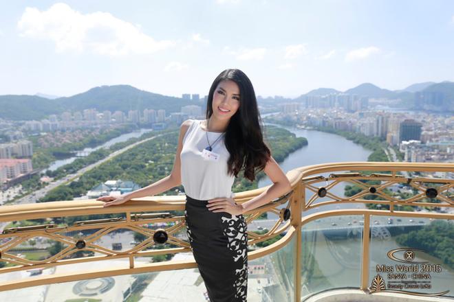Lan Khuê trong những ngày đầu tại Hoa hậu Thế giới