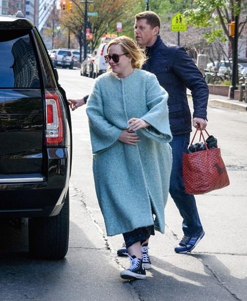 Bí quyết mặc che nhược điểm béo tròn của Adele
