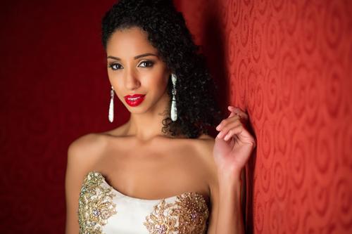 Hoa hậu Bahamas.