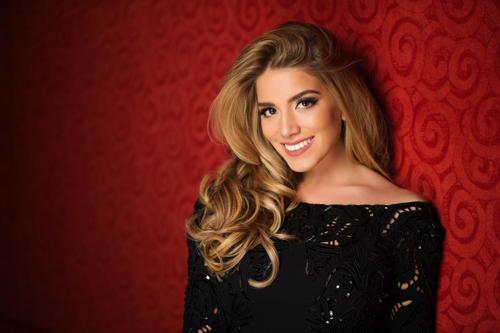 Hoa hậu Lebanon.