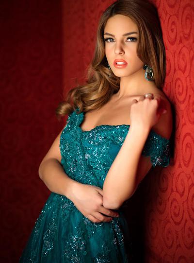 Hoa hậu Serbia.