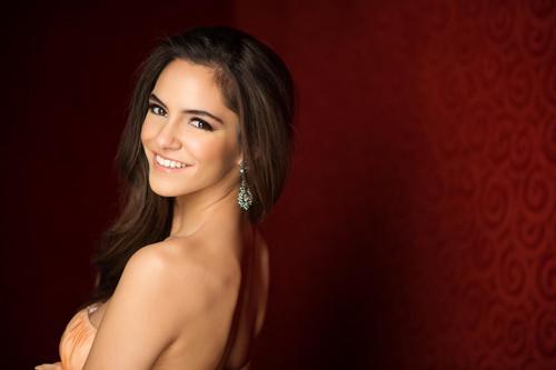 Hoa hậu Thổ Nhĩ Kỳ.