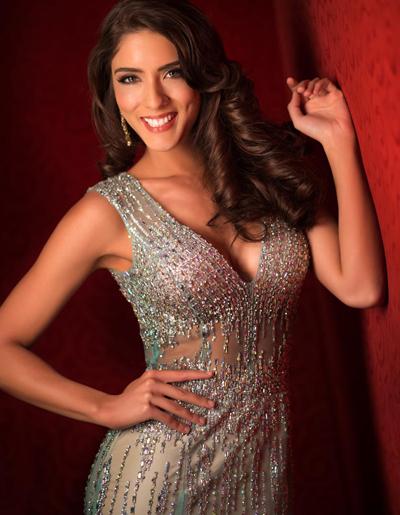 Hoa hậu Uruguay khoe đường cong nóng bỏng.