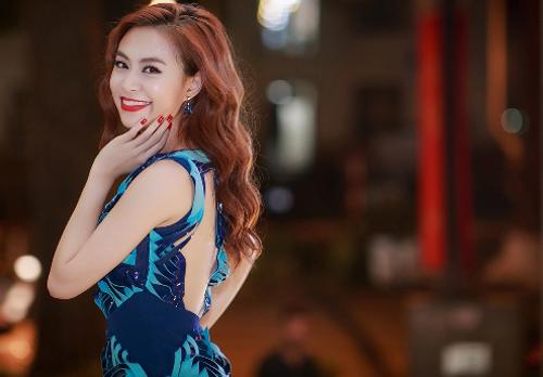 Hoang-Thuy-Linh-8346-1452506136.jpg