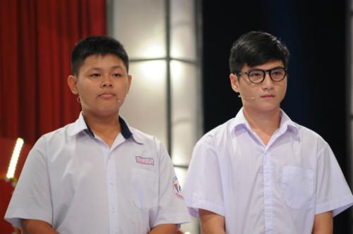 Hai học sinh diễn xuất khiến Trấn Thành khóc, cười