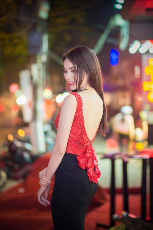Khoảnh khắc gợi cảm của các Hoa hậu Việt