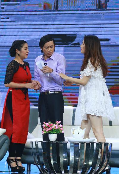 Huong-Giang-Hoai-Linh-Thuy-Nga-7831-7337