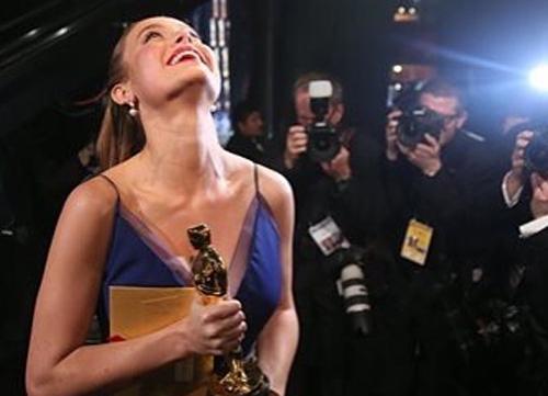 Đoàn phim 'King Kong' từ Việt Nam mừng Brie Larson giành Oscar