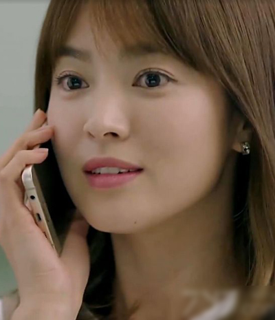 hang-hieu-to-diem-cho-song-hye-kyo-trong-hau-due-mat-troi-4