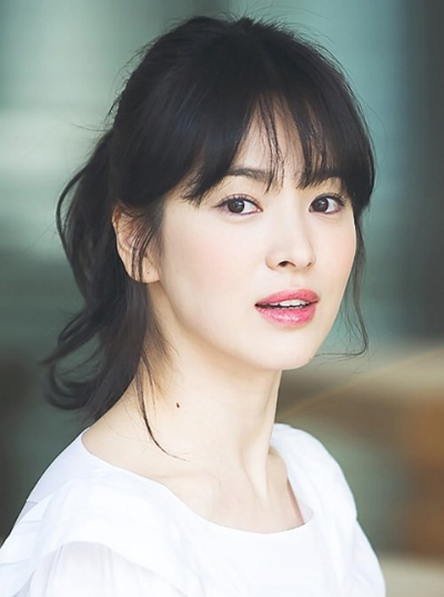 song-hye-kyo-lai-kien-vi-bi-to-lam-gai-bao