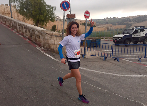 hoang-my-chay-marathon-o-jerusalem-2