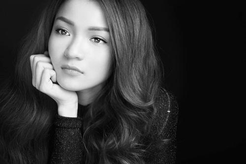 """Nữ diễn viên vừa tung MV """"Để dành cho anh""""."""