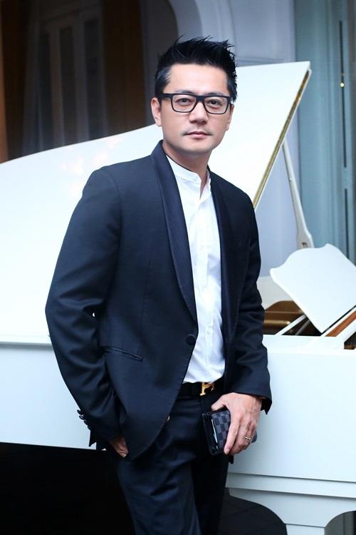 Trương Minh Cường về nước hội ngộ Diễm My