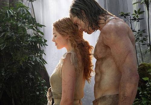 Margot Robbie đấm bạn diễn khi đóng cảnh sex trong 'Tarzan'
