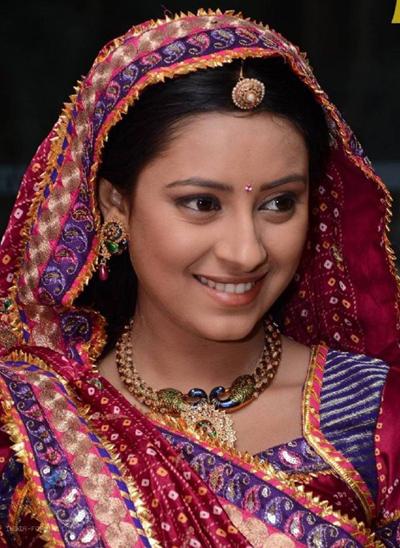 Diễn viên đóng 'Cô dâu 8 tuổi' treo cổ tự tử ở tuổi 25