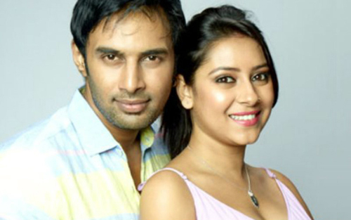 Pratyusha Banerjee và bạn trai.
