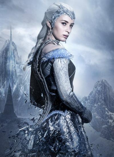 emily-blunt-ice-queen-8102-1460707385.jp