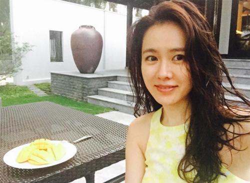 fan-xon-xao-vi-anh-son-ye-jin-o-viet-nam-4