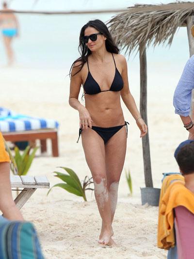 bikini-13-7255-1461920563.jpg