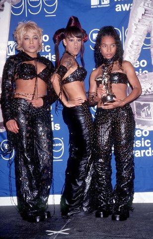 Năm 1999, nhóm nhạc TLC