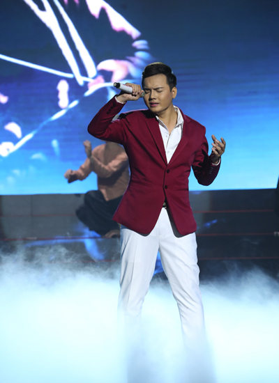 my-tam-ke-chuyen-yeu-don-phuong-trong-dem-doi-ca-si-9