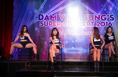 dam-vinh-hung-tim-kiem-vu-cong-cho-liveshow-20-nam-3