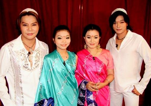 Gia đình nghệ sĩ Linh Tâm Tâm - Cẩm Thu cùng con trai