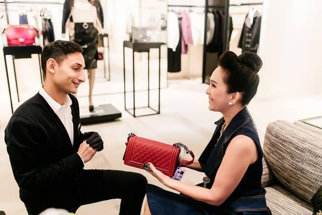 Diễm My đã mua túi 15.000 USD ở căn hộ của Coco Chanel thế nào