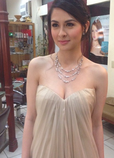vay-ao-ton-vong-mot-cua-my-nhan-dep-nhat-philippines-3
