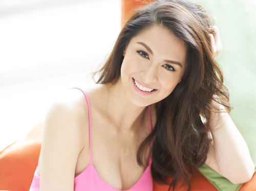 vay-ao-ton-vong-mot-cua-my-nhan-dep-nhat-philippines-6