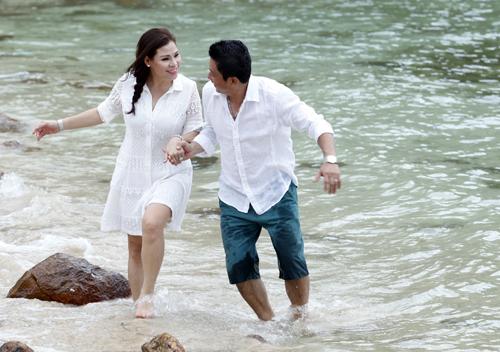 Diễn viên Kinh Quốc và vợ vừa chụp ảnh cưới tuần qua tại đảo Nam Du, Kiên Giang.