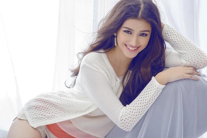 Vẻ ngọt ngào của mỹ nhân 18 tuổi quyến rũ nhất Philippines