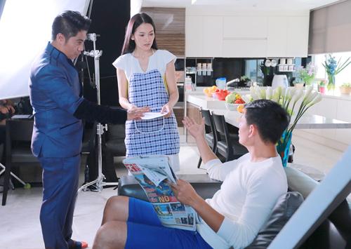 Peter Hiền mang trong mình dòng máu Việt (cha là người Ấn Độ, mẹ là người Việt Nam). Sau gần 20 năm làm phim tại quê cha với cả trăm bộ phim điện ảnh lớn nhỏ, và sau gần 1 năm chuẩn bị, Sám Hối là bộ phim đầu tiên của đạo diễn Việt Kiều Peter Hiền tại quê mẹ. Đây cũng chính là dự án điện ảnh hợp tác chính thức đầu tiên giữa 2 nền điện ảnh Ấn Độ và Việt Nam trong khoảng thời gian gần đây.
