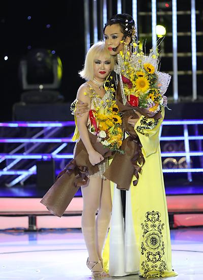 Tuy nhận được nhiều lời khen từ giám khảo, chiến thắng của nam ca sĩ gây bất ngờ cho khán giả. Bởi suốt quá trình thi, so với các thí sinh còn lại trong top 4, anh chưa thật sự nổi bật.