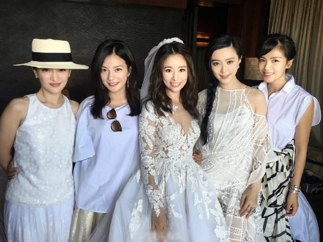 Bộ ba 'Hoàn Châu cách cách' tái ngộ trong đám cưới Lâm Tâm Như