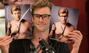 'Thần Thor' Chris Hemsworth gây bất ngờ với vai chàng ngố săn ma