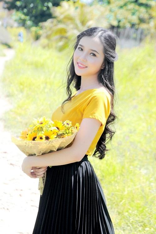 Nhan sắc 5 thiếu nữ miền Tây vào chung kết Hoa hậu Việt Nam