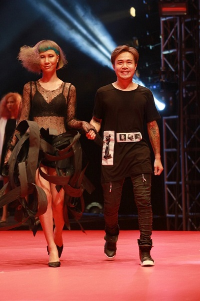 trinh-dien-toc-nghe-thuat-tai-color-zoom-hairshow
