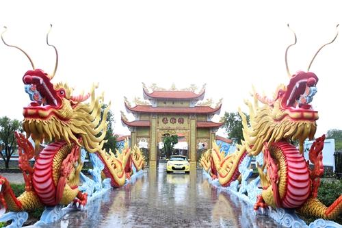 Nhà thờ tổ của Nghệ sĩ Ưu tú Hoài Linh vừa được khánh thành