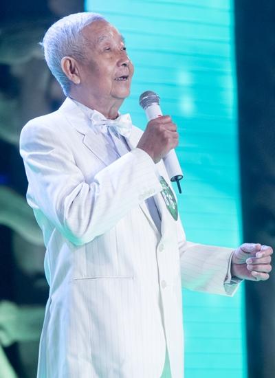 Cụ ông 78 tuổi Nguyễn Thế Anh.