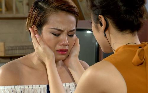 Trong cả quá trình cuộc thi, Thùy Trâm luôn rơi nước mắt khiến nhiều khán giả ngao ngán.