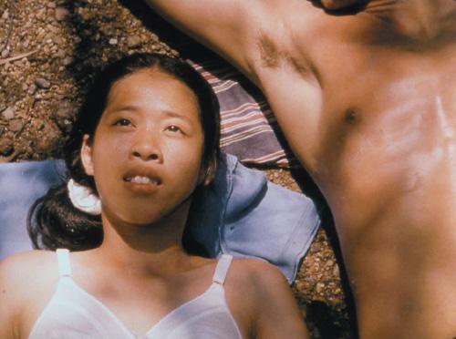 nhung-phim-thai-gay-xon-xao-vi-pho-bay-canh-cam-ky-5