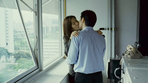 nhung-phim-thai-gay-xon-xao-vi-pho-bay-canh-cam-ky-4