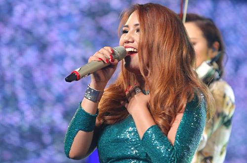 co-gai-philippines-tro-thanh-quan-quan-vietnam-idol-2016-2
