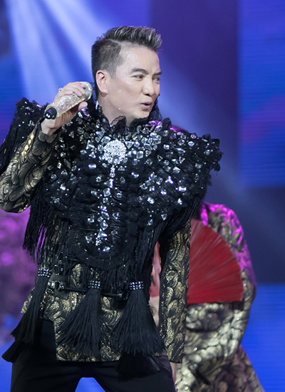 20-bo-do-lap-lanh-cua-dam-vinh-hung-trong-diamond-show-2